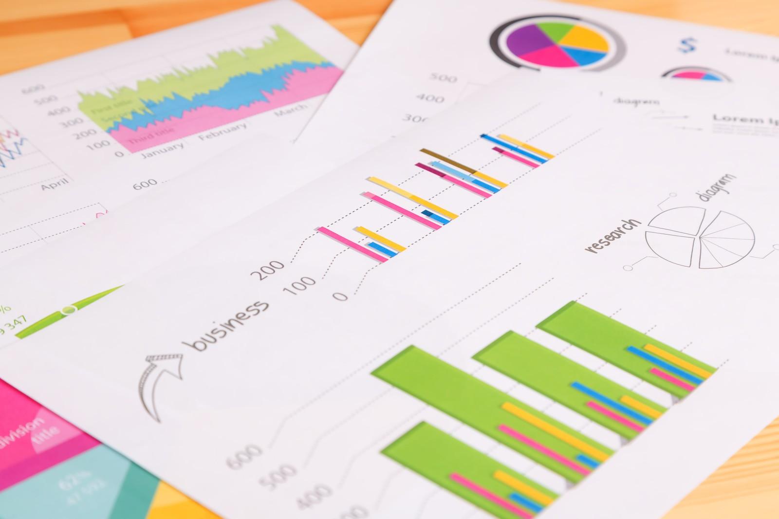 データ統計分析で困っている方にオススメ!現場活用を基本としたノウハウが満載。